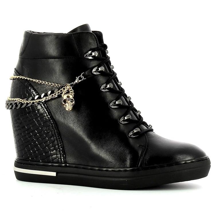 Czarne sneakersy na koturnie CARINII--B5941-E50-P53-000-B88